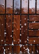 How to Protect Hardwood Floor During the Winter